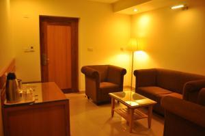 Hotel Western Gatz, Hotel  Theni - big - 37