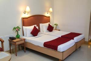 Hotel Western Gatz, Hotely  Theni - big - 39