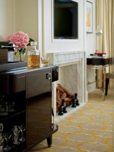 Executive Twin Room with Executive Access