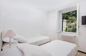 Villa Mariuccia Capri, Apartmanok  Capri - big - 11