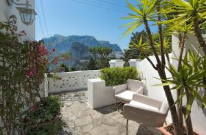Villa Mariuccia Capri, Apartmanok  Capri - big - 16