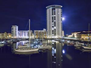 Marina Apartment, Appartamenti  Swansea - big - 11