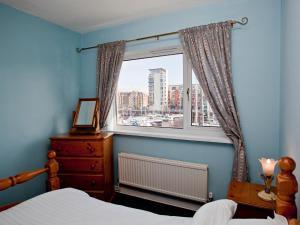 Marina Apartment, Apartmány  Swansea - big - 12