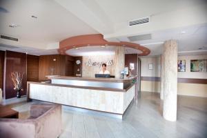 Hotel Makar Sport & Wellness, Отели  Печ - big - 40