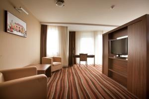 Hotel Makar Sport & Wellness, Отели  Печ - big - 13