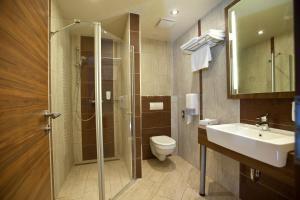 Hotel Makar Sport & Wellness, Отели  Печ - big - 12