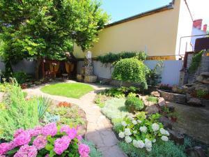 Garden Park Guest House