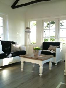 B&B Droom 44, Bed & Breakfasts  Buinerveen - big - 4