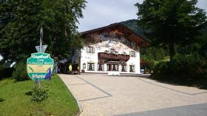 Zum Schweizerbartl, Hotely  Garmisch-Partenkirchen - big - 30