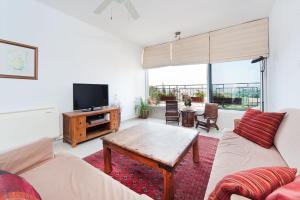 Kfar Saba View Apartment, Apartmány  Kefar Sava - big - 18