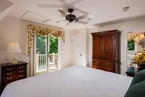 Two Bedroom Apartment - Winstead Inn