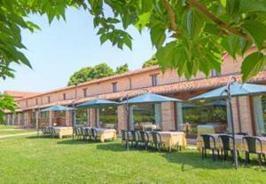 Hotel La Foresteria, Отели  Abbadia di Fiastra - big - 11