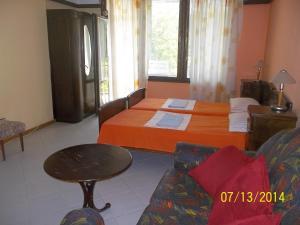 Guest House Mano, Affittacamere  Kranevo - big - 9