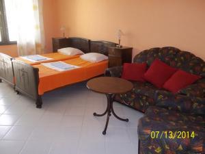 Guest House Mano, Affittacamere  Kranevo - big - 8