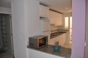 Apartamentos Kasa25 Golf & Beach Hoyo 18, Apartmanok  Alicante - big - 8