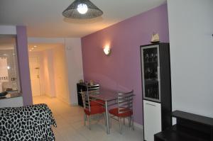 Apartamentos Kasa25 Golf & Beach Hoyo 18, Apartmanok  Alicante - big - 11