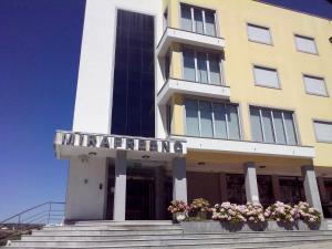 Hotel Mirafresno