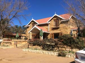 Lake Clarens Guest House, Guest houses  Clarens - big - 1
