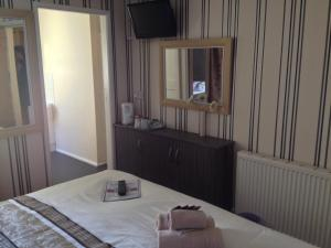 Glenheath Hotel, Penziony  Blackpool - big - 6