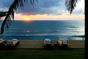 Kenoa Exclusive Beach Spa & Resort