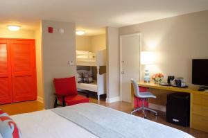 Семейный люкс с 2 двуспальными кроватями