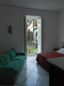 bed & breakfast Casa Damiani, Bed & Breakfast  Sant'Agnello - big - 3