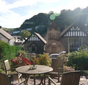 Gable Lodge Guest House, Penzióny  Lynton - big - 7