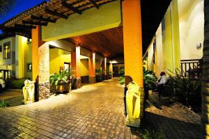 Villa Bali Boutique Hotel, Hotely  Bloemfontein - big - 33