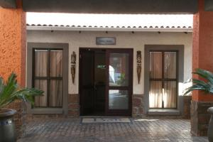 Villa Bali Boutique Hotel, Hotely  Bloemfontein - big - 40