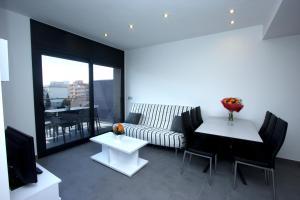 InmoSantos Apartaments Nuria, Apartmány  Roses - big - 10