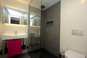 InmoSantos Apartaments Nuria, Apartmány  Roses - big - 11