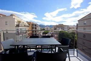 InmoSantos Apartaments Nuria, Apartmány  Roses - big - 14