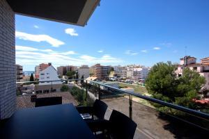 InmoSantos Apartaments Nuria, Apartmány  Roses - big - 15