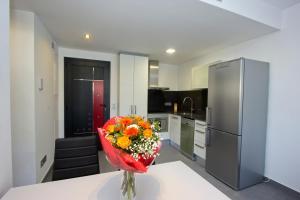InmoSantos Apartaments Nuria, Apartmány  Roses - big - 16