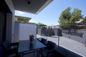 InmoSantos Apartaments Nuria, Apartmány  Roses - big - 17