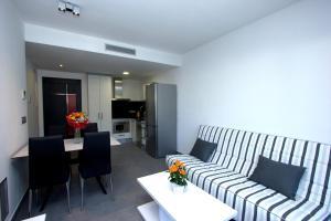InmoSantos Apartaments Nuria, Apartmány  Roses - big - 2