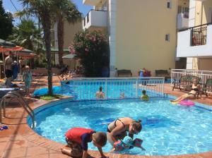 Bueno Hotel, Residence  Platanes - big - 54