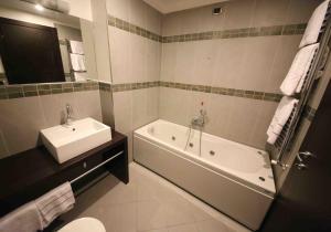 Vercelli Palace Hotel, Hotel  Vercelli - big - 35