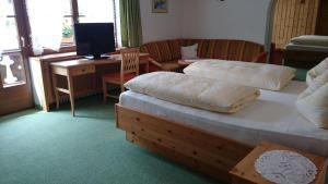 Zum Schweizerbartl, Hotely  Garmisch-Partenkirchen - big - 8