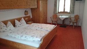 Zum Schweizerbartl, Hotely  Garmisch-Partenkirchen - big - 11