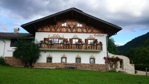 Zum Schweizerbartl, Hotely  Garmisch-Partenkirchen - big - 26