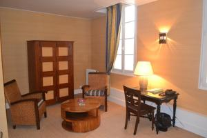 Hôtel de France, Szállodák  Libourne - big - 15