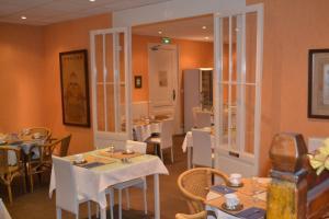 Hôtel de France, Szállodák  Libourne - big - 57