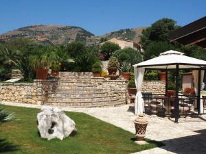 B&B Al Giardino, Bed & Breakfasts  Monreale - big - 57