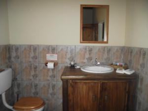 Double or Twin Chalet with Shower 2