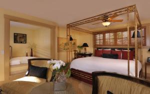 Grand King Spa Suite