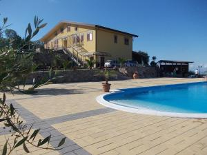 Uliveto Garden, Bed & Breakfast  Bagnara Calabra - big - 69