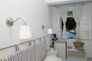 Asimina, Guest houses  Tourlos - big - 17
