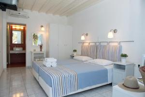 Asimina, Guest houses  Tourlos - big - 16