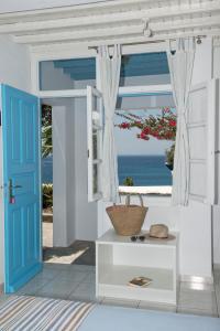 Asimina, Guest houses  Tourlos - big - 32